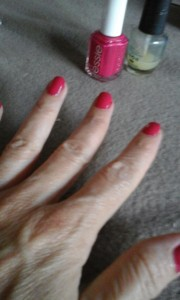 manicure frambuesa